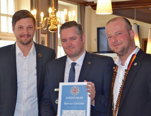 Marcus Schröder zum Ehrentabler ernannt
